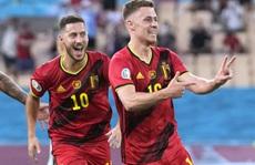 Siêu phẩm Hazard biến Bồ Đào Nha thành cựu vô địch, Bỉ vào tứ kết