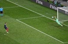 Mbappe sút hỏng luân lưu 11m, Pháp ngậm ngùi chia tay Euro 2020