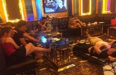 """Phạt quán karaoke có """"tay vịn"""", để khách sử dụng ma túy giữa mùa dịch"""