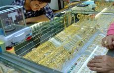 Giá vàng hôm nay 4-6: Tiêu tan tương đương 1 triệu đồng/lượng trước sự mạnh mẽ của USD