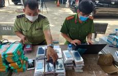 Thu giữ gần 8.000 điện thoại iPhone, Samsung không hóa đơn chứng từ
