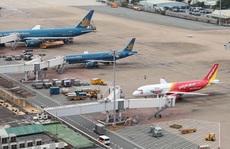 Thêm 2 tỉnh tạm dừng các chuyến bay tới TP HCM