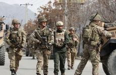 """Mỹ để lại """"miếng bánh to"""" cho Trung Quốc ở Afghanistan"""