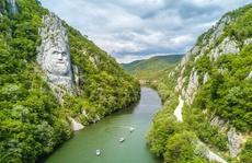 Khám phá 10 bức tượng ngoạn mục trên thế giới