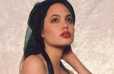 Nhan sắc 'không tì vết' của Angelina Jolie thời trẻ