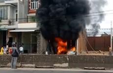 Quảng Ngãi: Lại xảy ra vụ cháy lớn ở kho hàng, thiệt hại hàng trăm triệu đồng