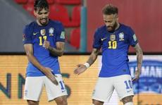 Neymar tung hoành sân cỏ, Brazil hạ chủ nhà Paraguay