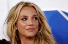 Britney Spears vẫn phải chịu sự giám hộ của cha