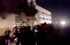 Iraq: Nổ bình oxy, cháy bệnh viện trị Covid-19, hàng chục người chết