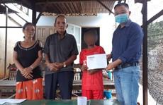 Cậu học trò nghèo không tiền đóng quỹ, bị giữ học bạ được hỗ trợ tiền học 5 năm