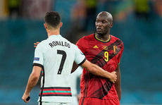 Lukaku 'chiếm sóng' Ronaldo, góp mặt đội hình tiêu biểu Euro 2020