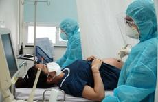 Hàng trăm bác sĩ hỗ trợ tư vấn cho người dân giữa đại dịch Covid-19