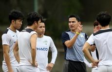 Nhiều CLB không đồng ý hoãn V-League đến năm 2022