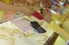 Giá vàng hôm nay: Đồng loạt dự báo tiếp tục tăng
