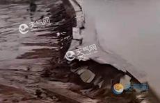 Trung Quốc: Mưa lớn gây vỡ đập ở Nội Mông