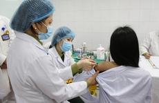 Sức khoẻ 1.000 tình nguyện viên sau tiêm 2 mũi vắc-xin Covid-19 Nano Covax