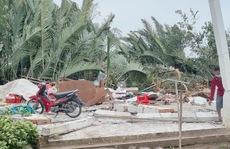 Hơn chục người bị thương sau cơn lốc xoáy