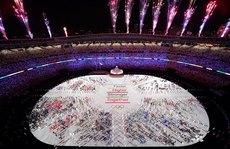 Khai mạc Olympic Tokyo: Cuộc chơi đắt đỏ, tình người ấm áp