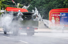 15 xe đặc chủng 'ra quân' phun khử khuẩn ở thành phố Hà Nội