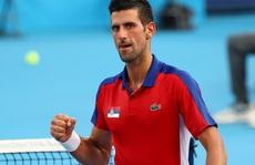 Djokovic vào tứ kết Olympic Tokyo 2020