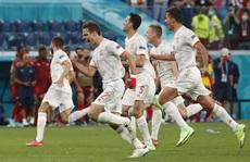 Thụy Sĩ chỉ chịu thua Tây Ban Nha trên chấm luân lưu