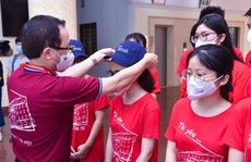 350 cán bộ, sinh viên Đại học Y Hà Nội vào Bình Dương hỗ trợ chống dịch Covid-19