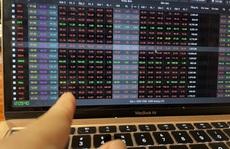 VN-Index giảm mạnh khi HOSE vận hành hệ thống mới
