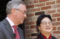 Vừa được miễn trừ ngoại giao, vợ đại sứ Bỉ tại Hàn Quốc lại bị tố đánh người