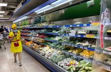 Một số siêu thị tăng giờ hoạt động, mở lại kênh bán hàng qua điện thoại, app