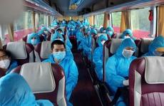 Quảng Nam tiếp tục đón đồng hương về quê bằng ôtô, máy bay