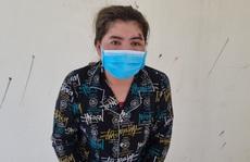 Tạm giữ một phụ nữ cắn tay, đạp vào bụng công an phòng chống dịch
