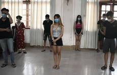 10 nam nữ tụ tập 'bay lắc' trong ngôi nhà thuê lúc nửa đêm