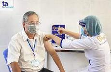 Người bị bệnh nền có tiêm vắc-xin Covid-19 được không?