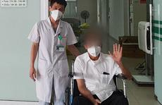 Bệnh nhân Covid-19 thở máy hơn 2 tháng, lọc máu 15 lần được xuất viện