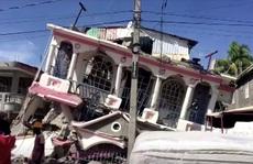 Haiti họa liên tiếp, bão biển nối đuôi động đất mạnh