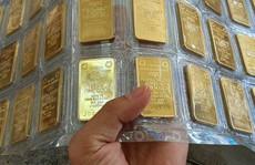 Giá vàng hôm nay 15-8: Lội ngược dòng sau cú lao dốc?