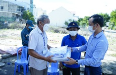 Sun Group trao 30.000 suất lương thực tới hộ nghèo tại Đà Nẵng trong 7 ngày 'ai ở đâu thì ở đó'