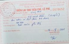 Đến ký xác nhận hỗ trợ gặp khó khăn do Covid-19, phải nộp 'lệ phí' 10.000 đồng?