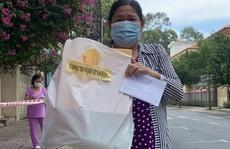 Lao động tự do gặp khó khăn vì dịch bệnh nhận túi an sinh xã hội