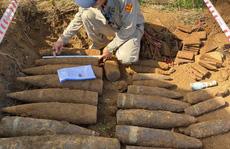 Phát hiện cả hầm đạn pháo, ngòi nổ ở 'đất thép' Vĩnh Linh