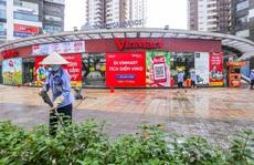 Cận cảnh nhiều siêu thị và cửa hàng VinMart/VinMart+ tạm đóng cửa