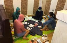 Quảng Bình bắt quả tang 4 phụ nữ thuê khách sạn đánh bạc
