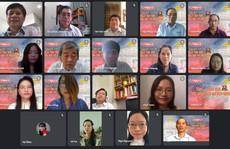 Báo Người Lao Động trao 13 giải thưởng trong cuộc thi Thơ và Tạp bút '45 năm rực rỡ tên vàng'