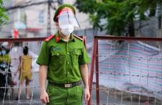 CLIP: Thiết lập khu cách ly y tế 2 phường ở Hà Nội với 21.000 dân