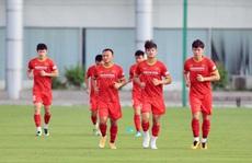 7 tuyển thủ vắng mặt ở buổi tập chiều 23-8, báo động cho HLV Park Hang-seo?