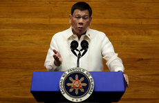 Cha con ông Duterte cùng xuất kích cho cuộc bầu cử tổng thống Philippines