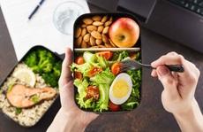 Người thừa cân nên ăn uống thế nào?