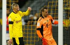 Dortmund vất vả vá lỗ hổng phòng ngự