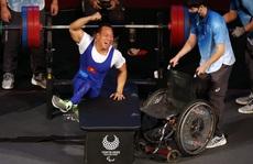 Paralympic Tokyo: 'Siêu nhân' Lê Văn Công giành HCB cử tạ