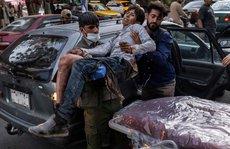 Tổng thống Biden thề đáp trả vụ đánh bom kép đẫm máu ở sân bay Kabul